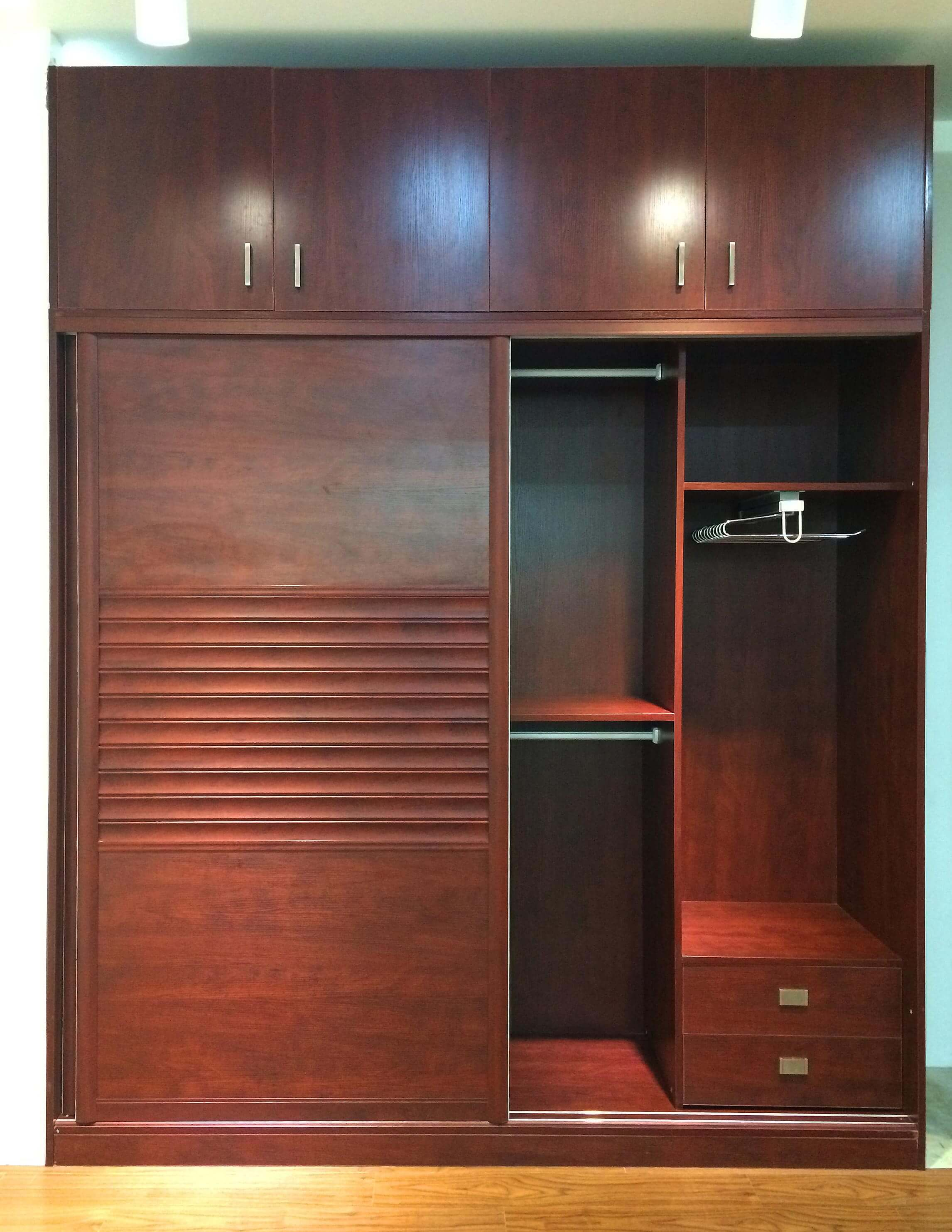 Ideal Home Design International Mogano Closet